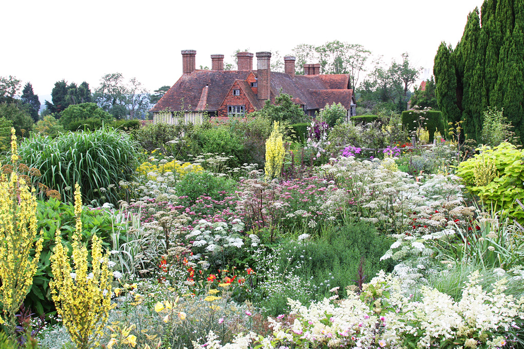 Great Dixter House and Gardens The Southeast, A visit to Great Dixter House and Garden with my moofies | Follow ...