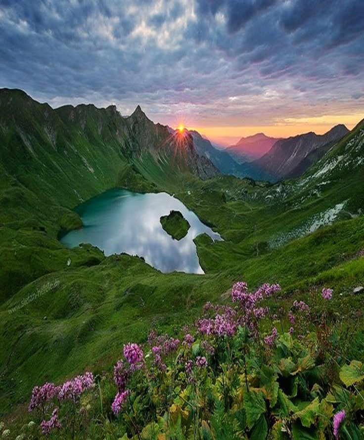 Grosses Paraplui Hiking Path The Bavarian Alps, Lake Schrecksee - Germany @Stefan Hefele - https://500px.com/photo ...