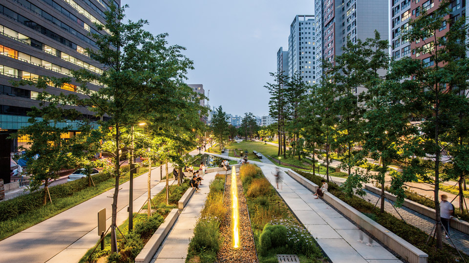 Gyeongui Line Forest Park Seoul, City of Aalborg wins first prize of City.People.Light award 2016 ...