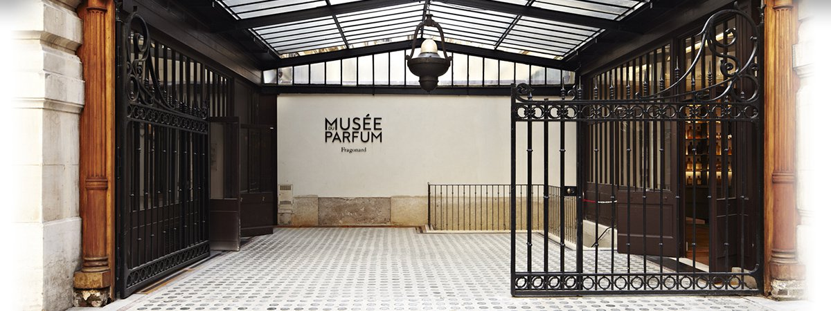 Hôtel de Sully Paris, Practical information: location and schedule of the Musée du Parfum