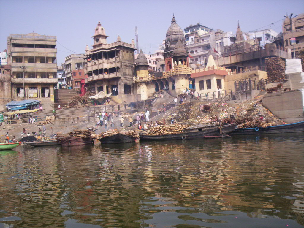 Harishchandra Ghat Varanasi, Harishchandra Ghat in Varanasi - Video Reviews, Photos, History ...