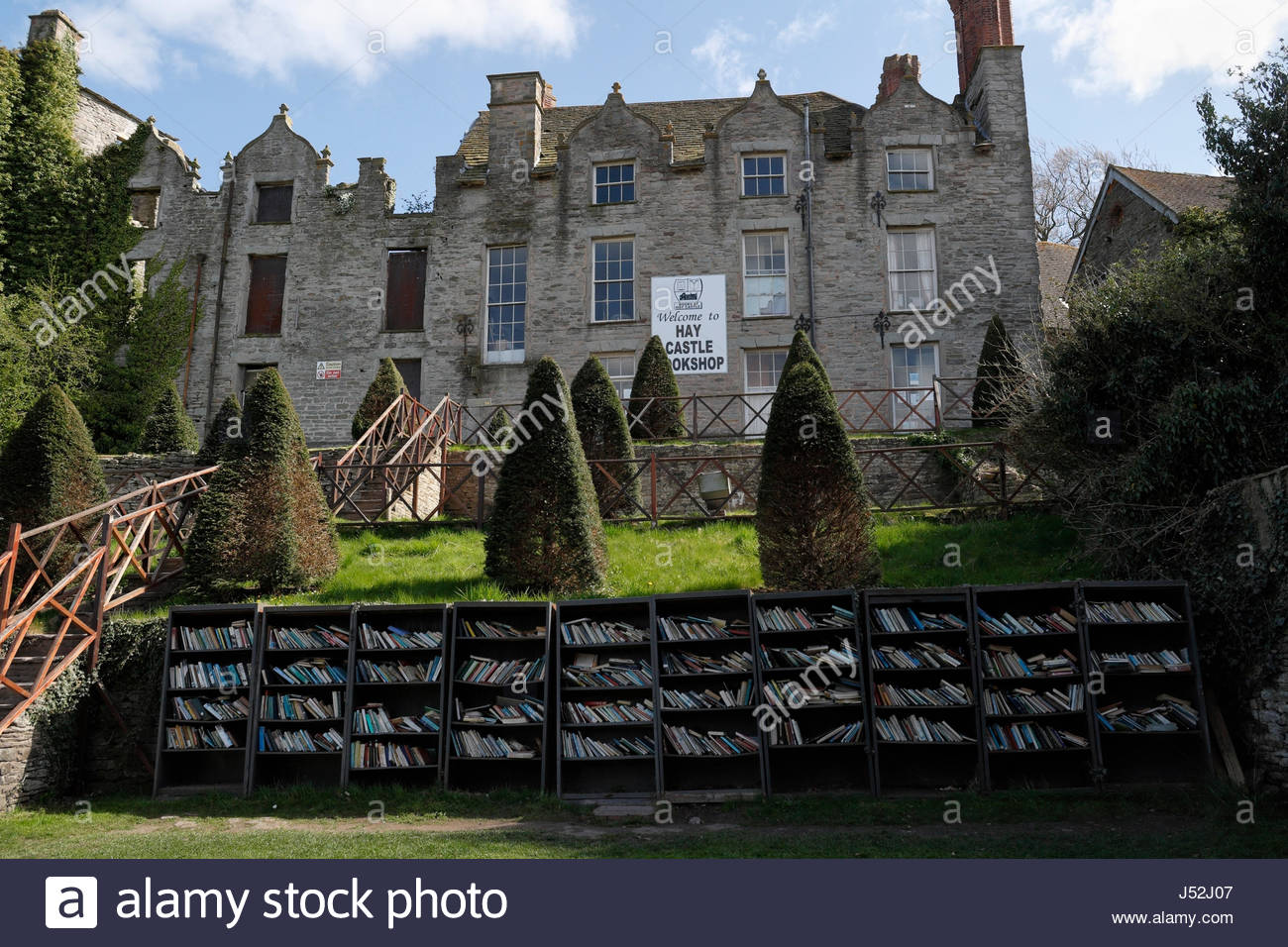 Hay Castle Mid-Wales, The castle bookshop in Hay on Wye Powys Mid Wales Stock Photo ...