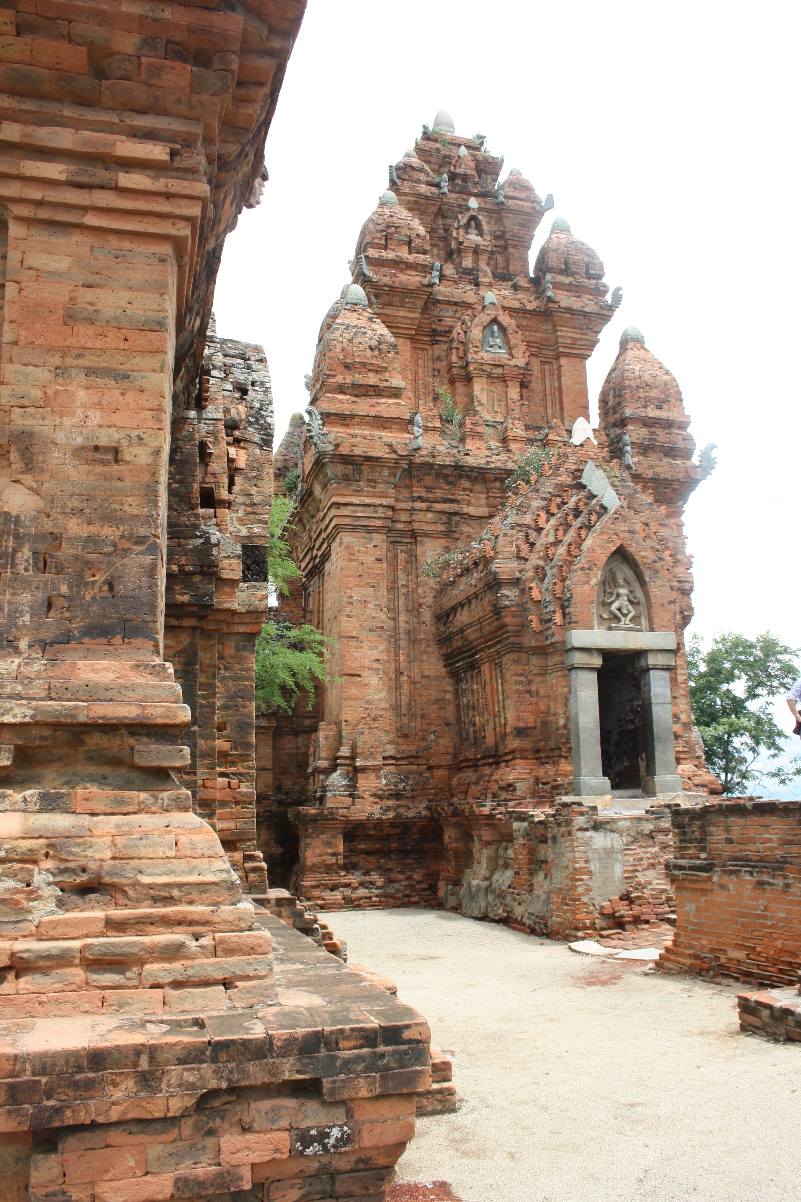 Hindu Temple Belize City, Hindu temples in Vietnam and on Java | Archaeological Haecceities