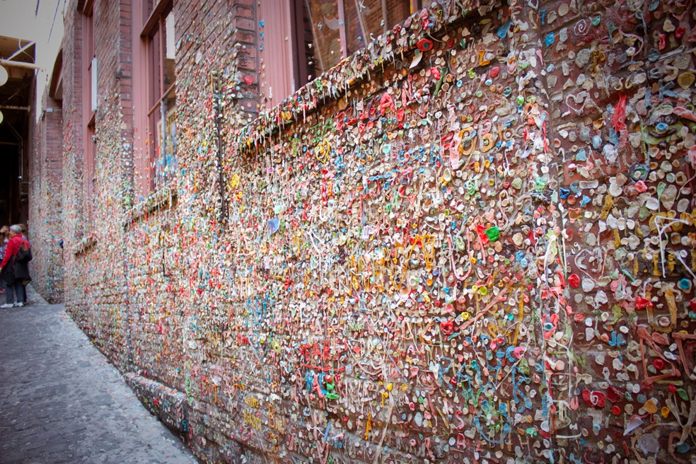 Hiram M Chittenden Locks Visitor Center Seattle, The Seattle Gum Wall - HUH.