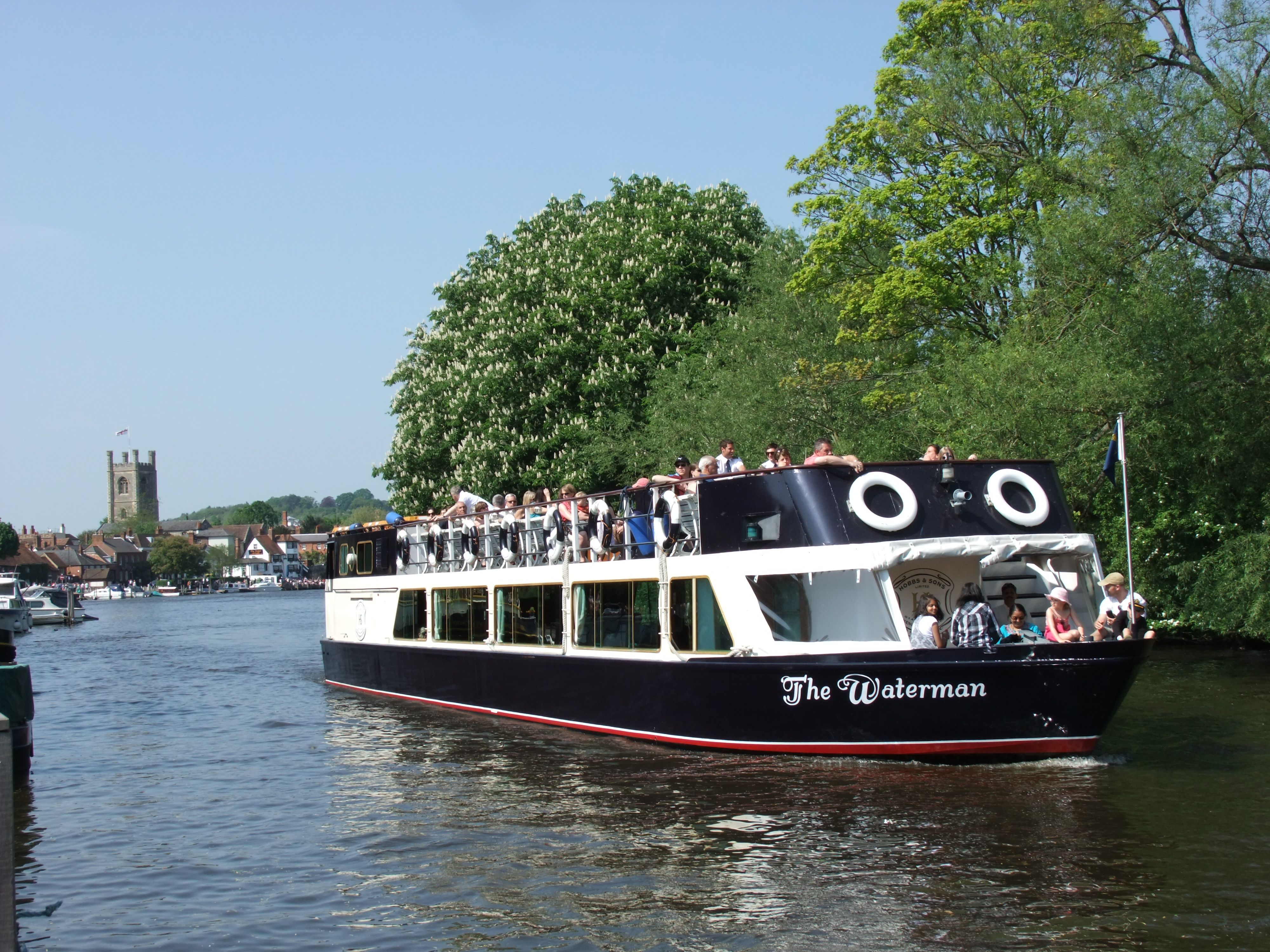 Oxford River Cruises The Thames Valley, Passenger cruise on River Thames with Hobbs of Henley   Hobbs of ...