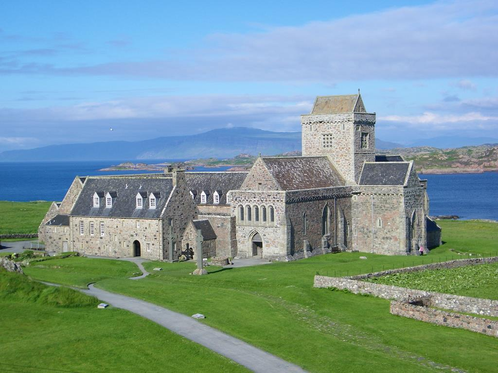 Iona Abbey Iona, Abbey Restoration | Seaview bed and breakfast