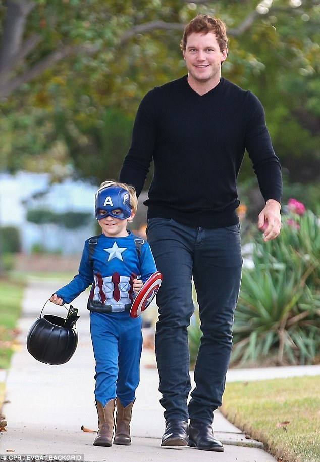 Jack Boy Hill Americas, Chris Pratt spends Halloween with son Jack | Daily Mail Online