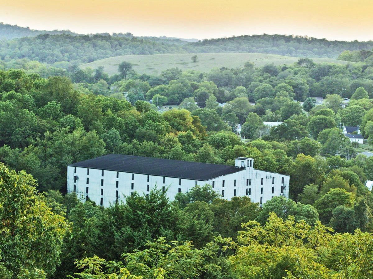 Jack Boy Hill Americas, Jack Daniel whiskey distillery tour - Business Insider