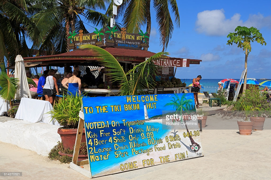 Junkanoo Beach Nassau, Bar Junkanoo Beach Nassau Stock Photo | Getty Images