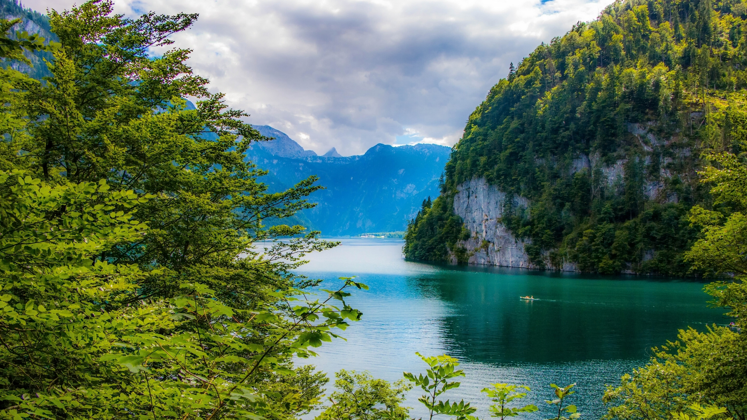 Königssee The Bavarian Alps, Download Wallpaper 2560x1440 Bavarian alps, Bavaria, Germany, Lake ...