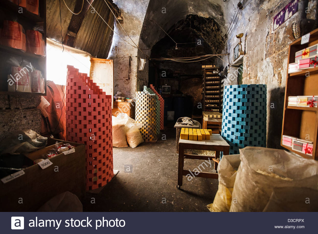 Khan As Saboun Tripoli, Traditional aleppo soap maker in the Khan Al-Saboun (soap ...