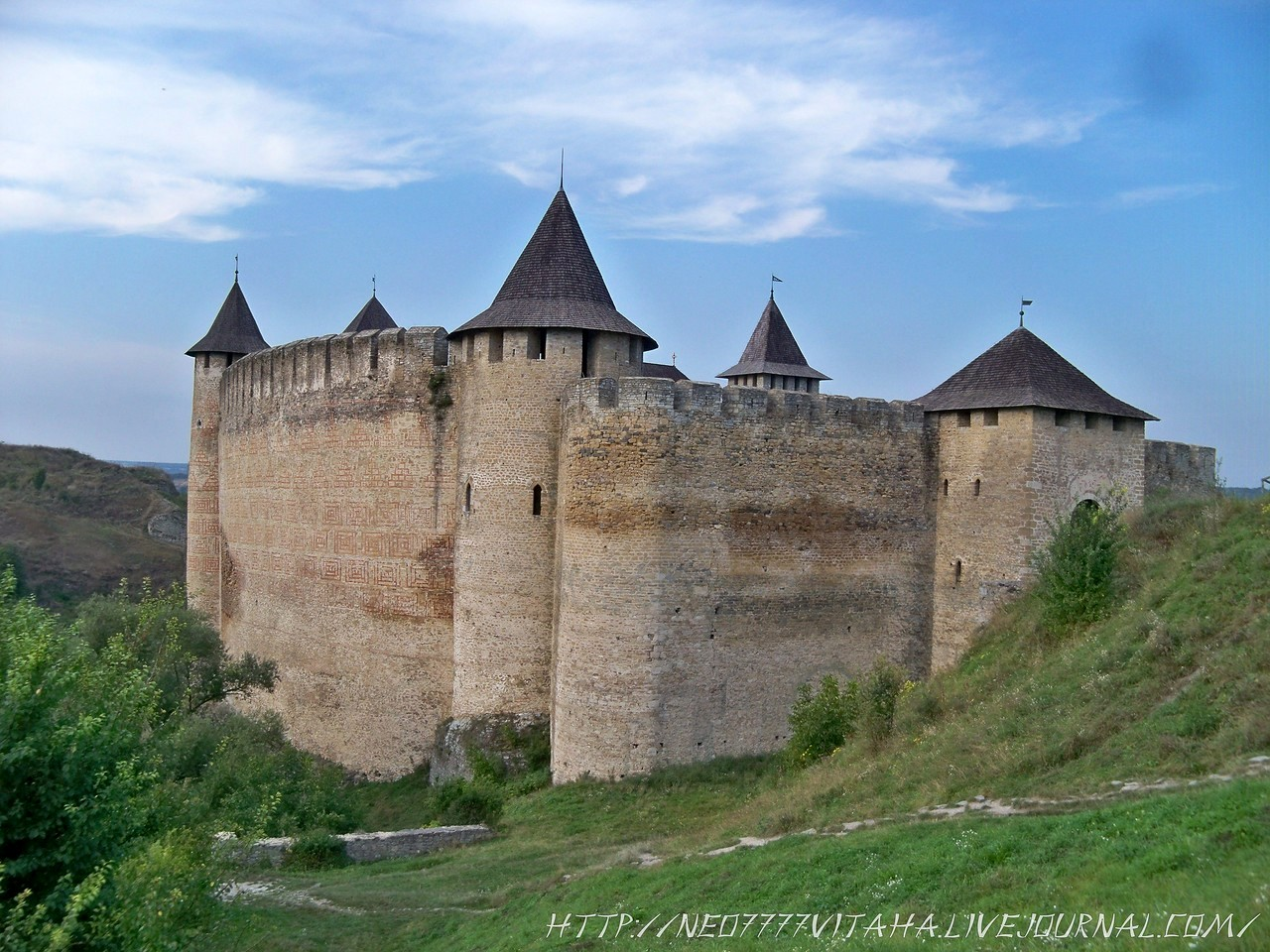 Khotyn Fortress The Carpathians, Khotyn Fortress – medieval defensive architecture of Ukraine ...