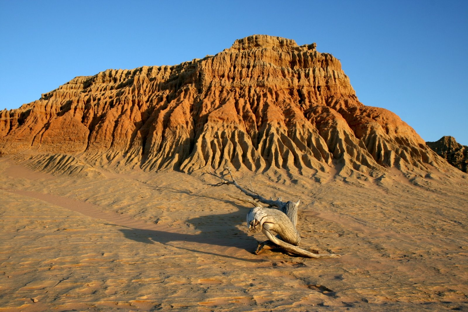 Lake Mungo Mungo National Park, Top 10 Ultimate National Parks and Reserves
