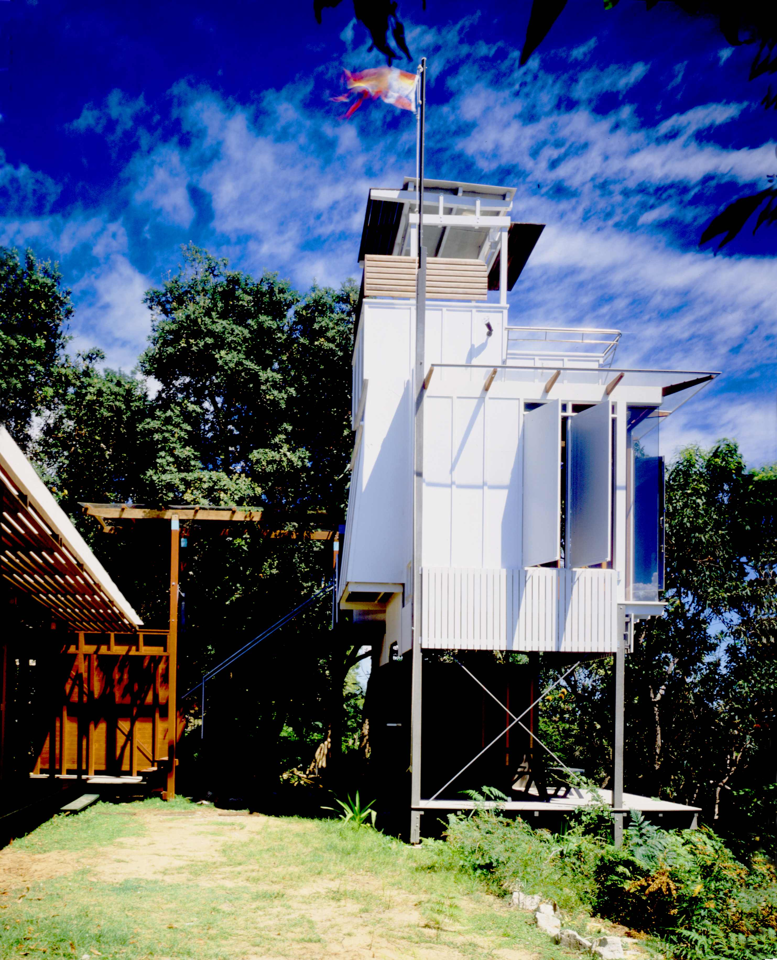Lookout Tower (Cot V3) The Northwest, Lookout House - OZETECTURE