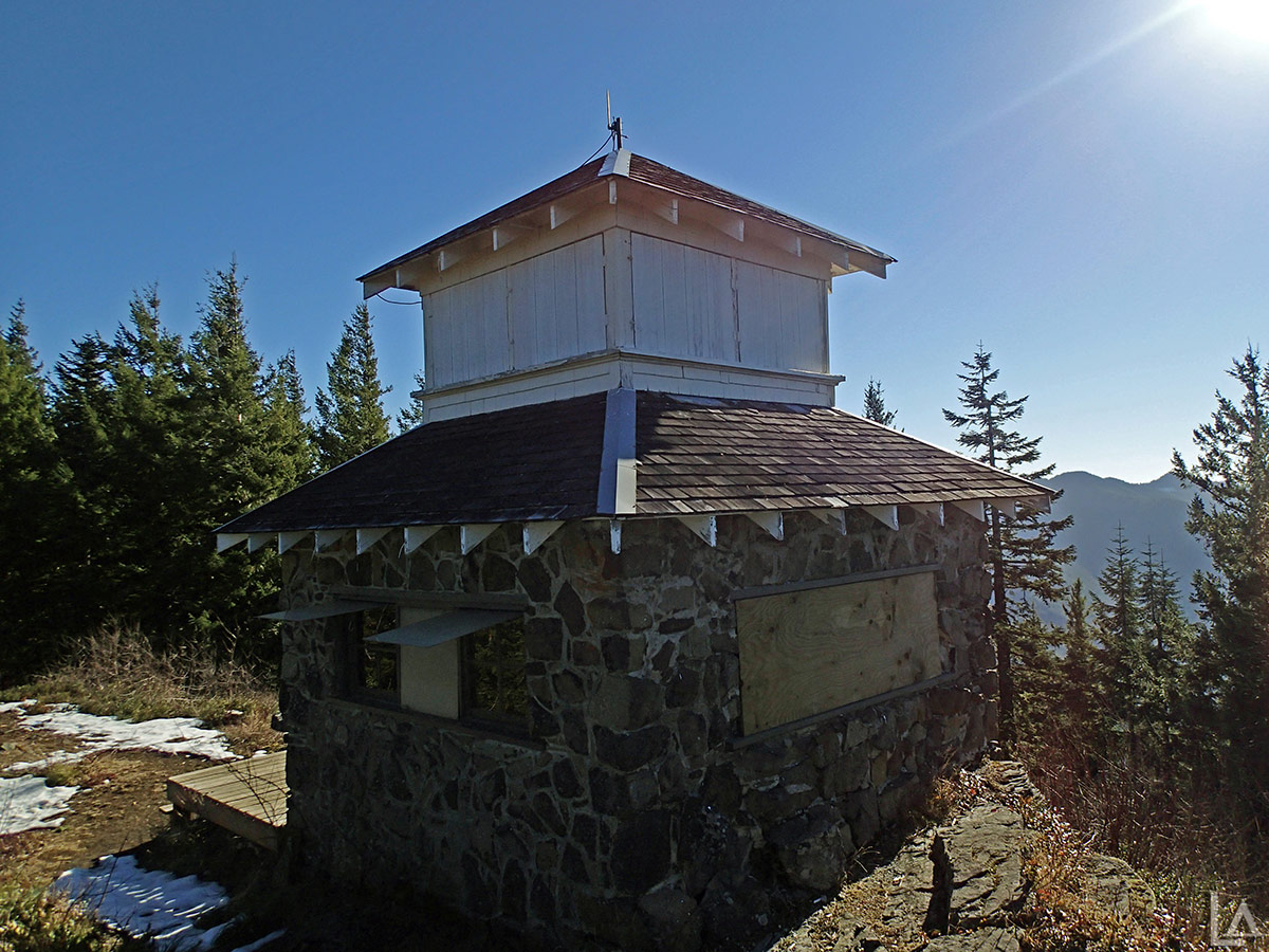 Lookout Tower (Cot V3) The Northwest, Pechuck Lookout and Rooster Rock Hike - Table Rock Wilderness ...
