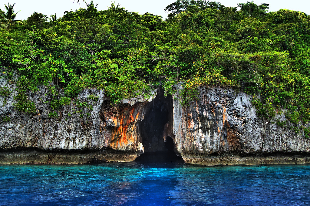 Mariner's Cave Vava'u Group, Mariners Cave | The waters between the islands of the Vava'u… | Flickr