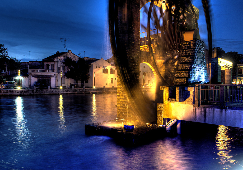 Melaka Malay Sultanate Water Wheel Melaka City, Photo of the Moment: The Sultanate Water Wheel, Malaysia - Vagabondish