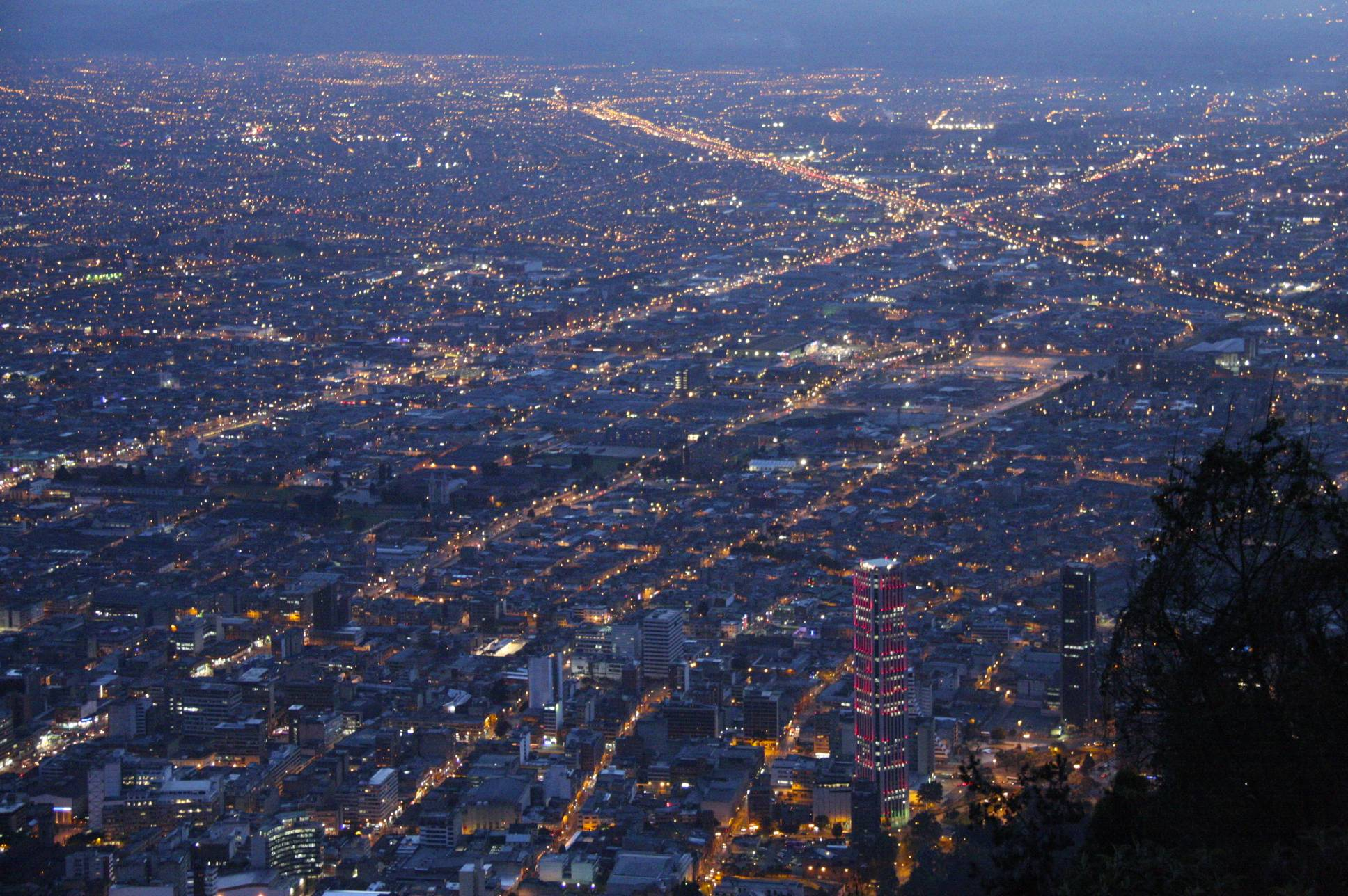 Monserrate Heights Mirador Western Cuba, Bogota by night | notesfromcamelidcountry