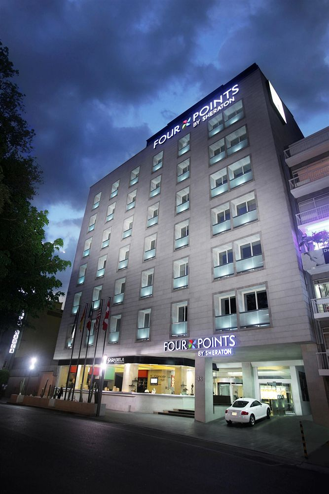 Museo Franz Mayer Mexico City, Four Points by Sheraton Mexico City, Colonia Roma Pet Policy