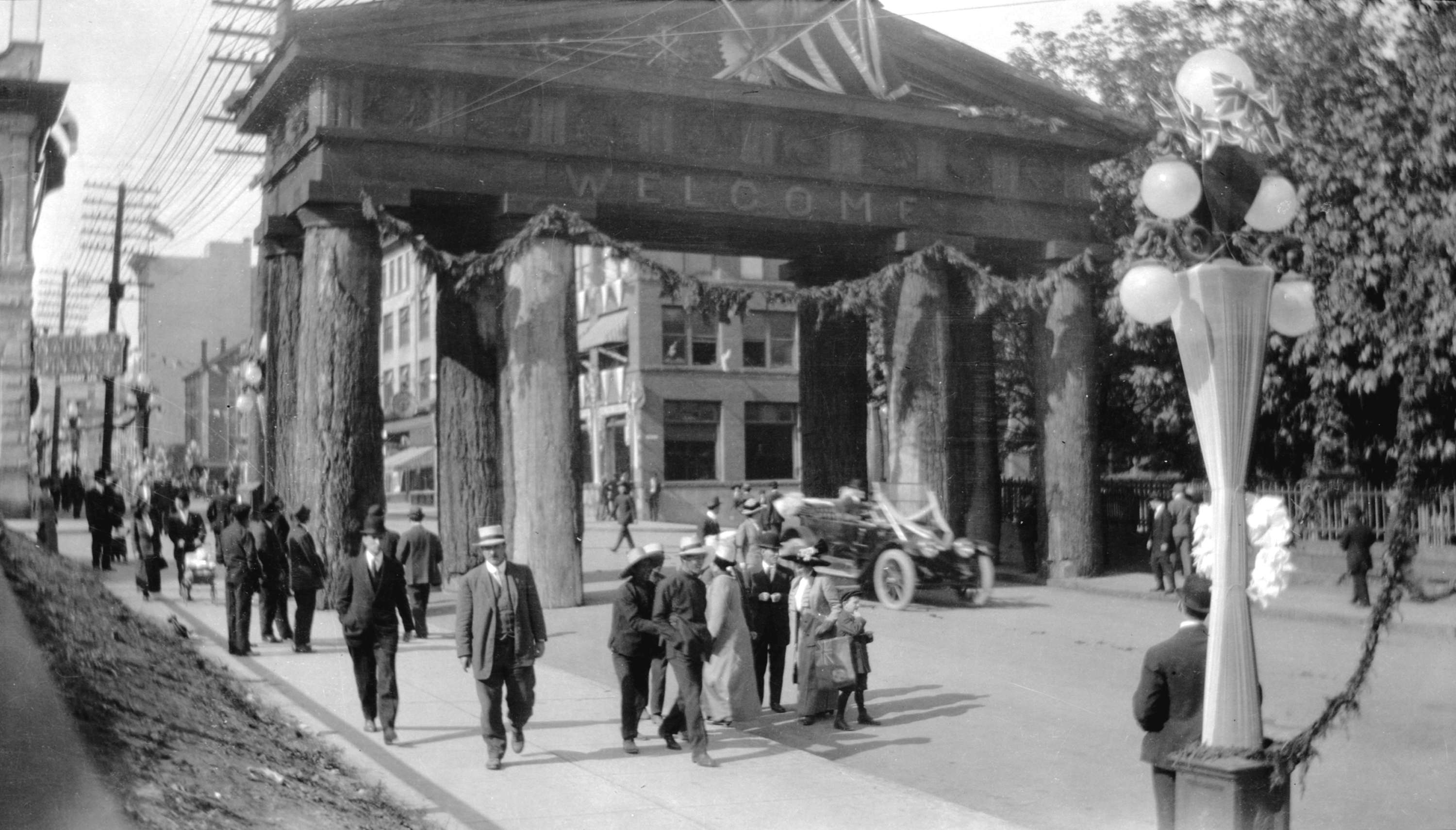 Museum of Vancouver Vancouver, Vancouver History: Lumberman's Arch » Vancouver Blog Miss604