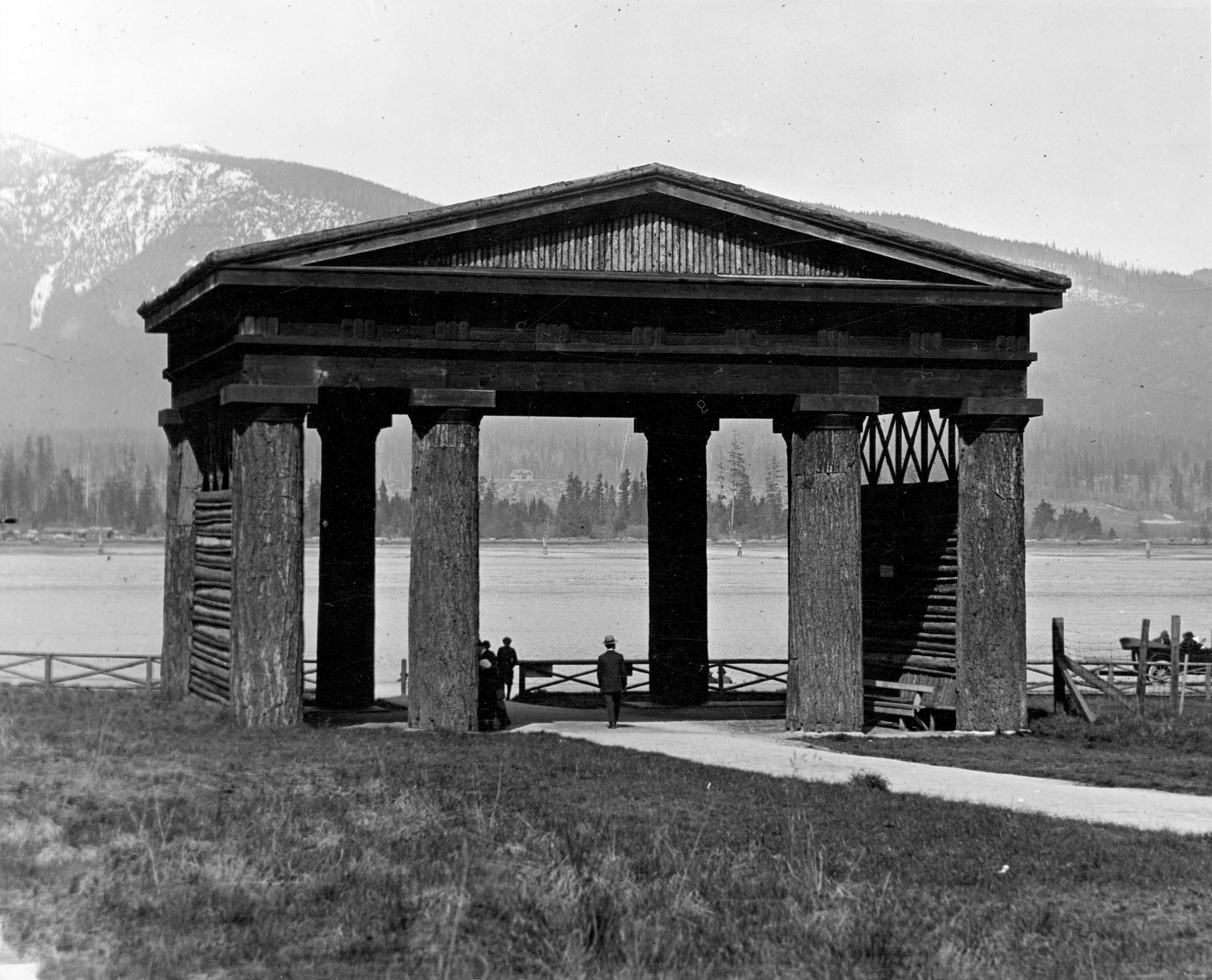 Museum of Vancouver Vancouver, Lumberman's Arch in Stanley Park - City of Vancouver Archives