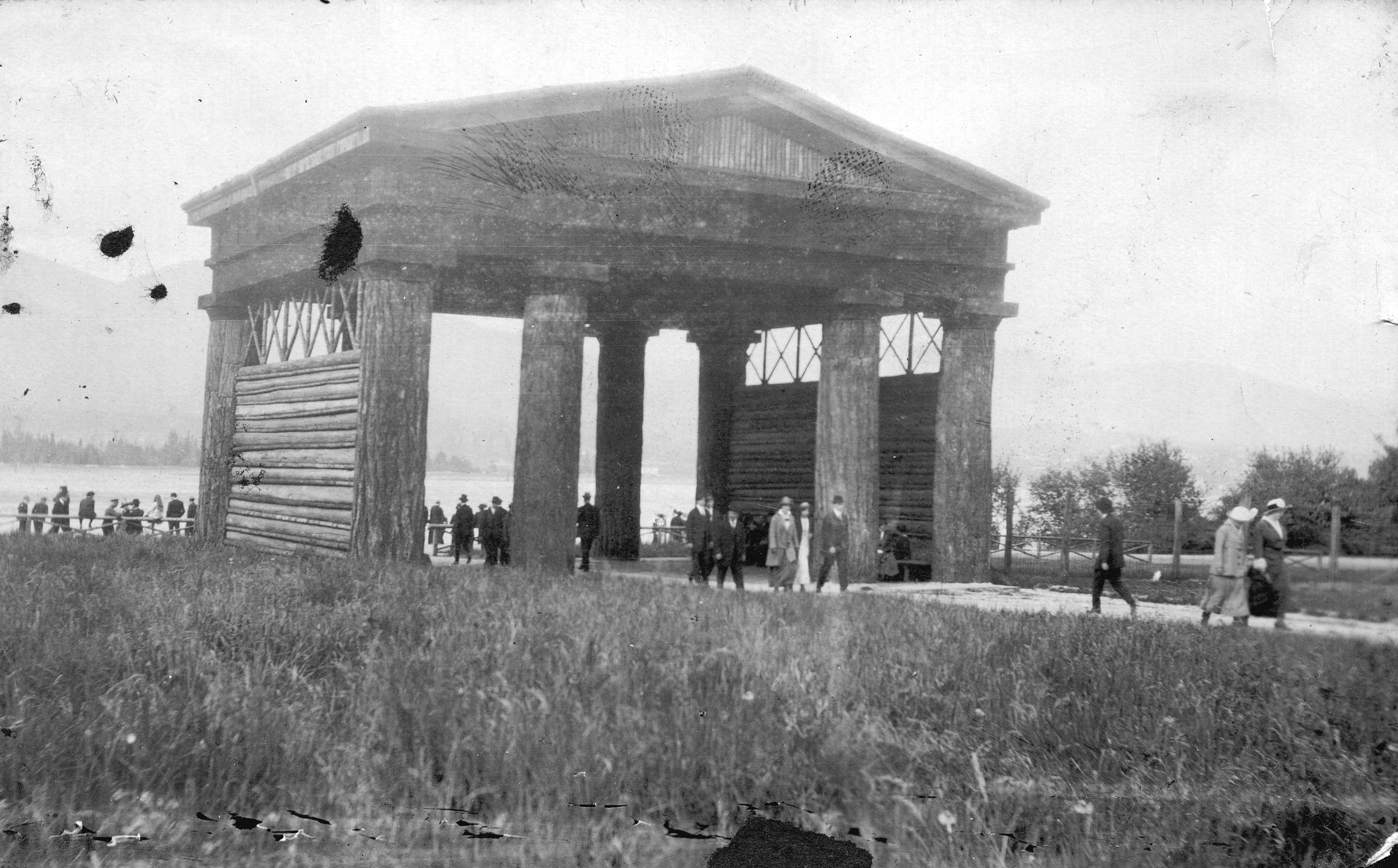 Museum of Vancouver Vancouver, Lumberman's Arch, Vancouver, B.C. - City of Vancouver Archives