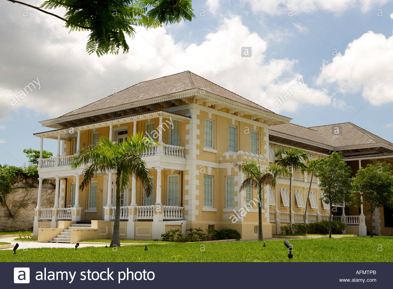 National Art Gallery of the Bahamas Nassau, National Art Gallery of the Bahamas, Dunmore House, West and West ...