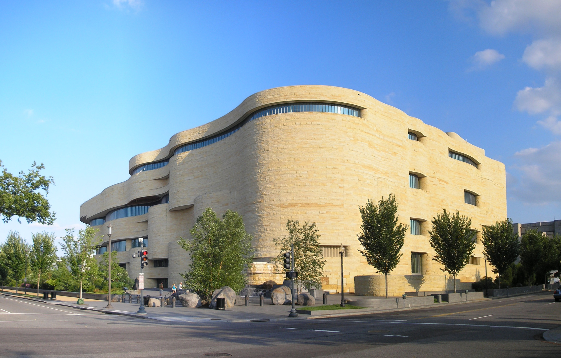 New Museum of Contemporary Art New York City, National Museum of the American Indian – Quality Private Tours of ...