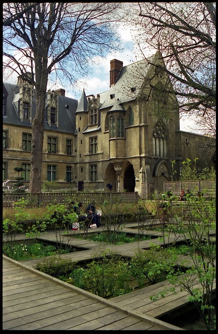 Nickel Paris, 4312 best French Medieval and Renaissance Chateaux images on ...