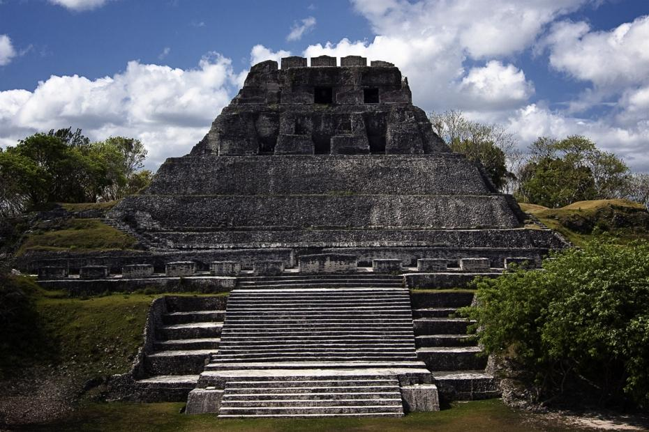 Nohmul Orange Walk Town, What Happened on May 13th – Construction Workers Destroy Mayan ...