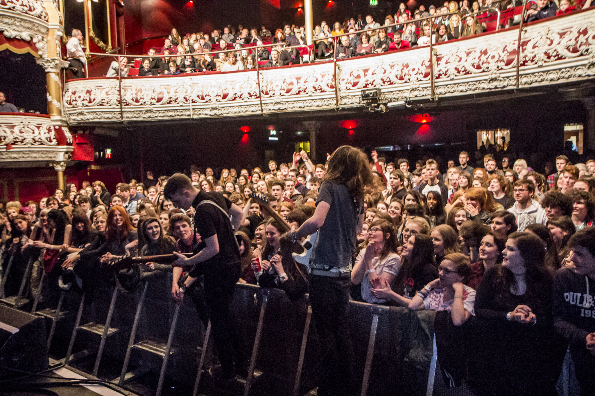 Olympia Theatre Dublin, Images of Travis Oaks performing live at The Olympia Theatre in ...