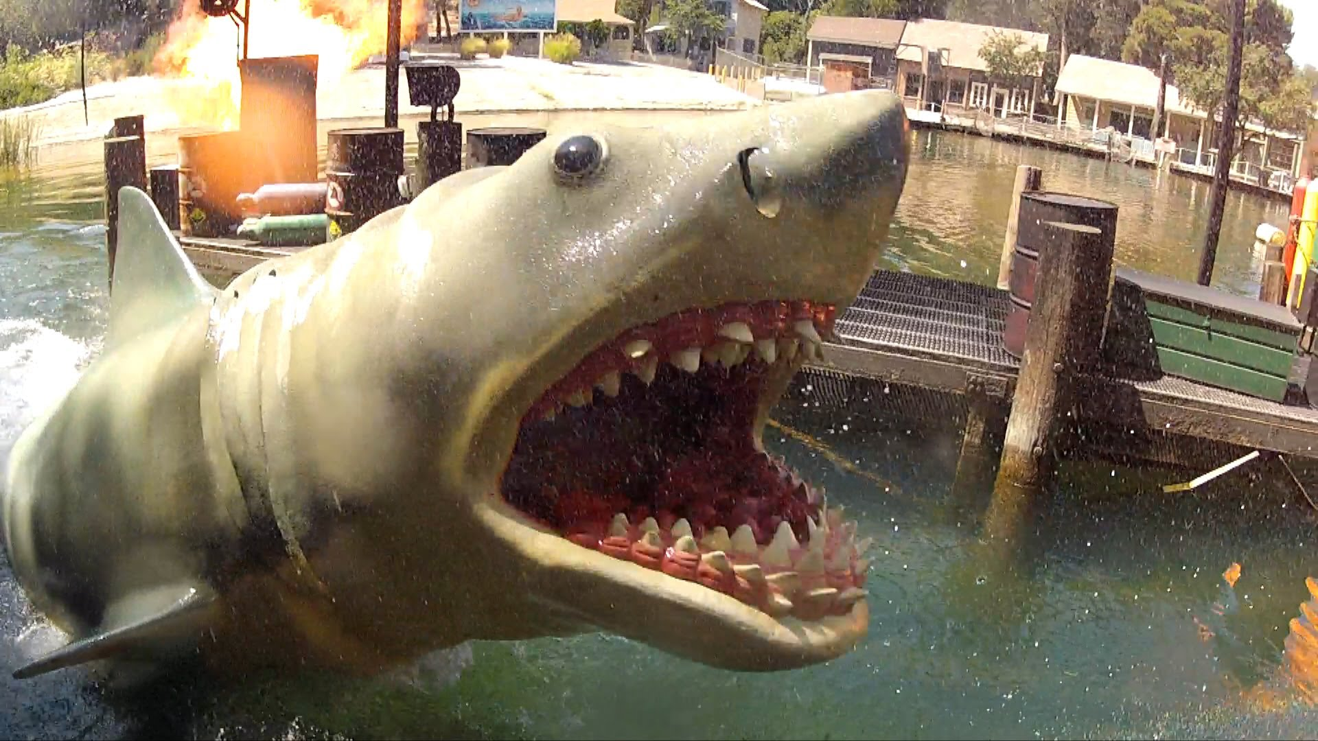 One Fish, Two Fish, Red Fish, Blue Fish Universal Orlando, Jaws! Full Ride Experience HD POV 1080p Universal Studios ...