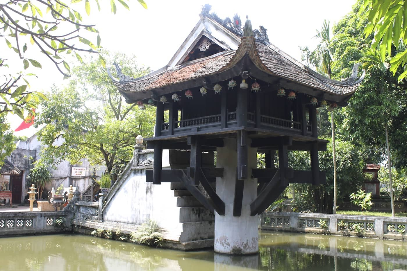 One Pillar Pagoda of Thu Duc Ho Chi Minh City Region, The Top Vietnam Temples To Visit - Vietcetera