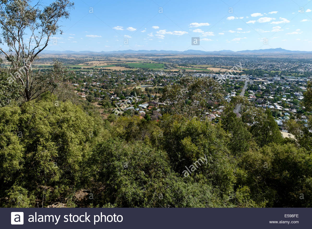 Oxley Scenic Lookout Tamworth, View over Tamworth, home of the