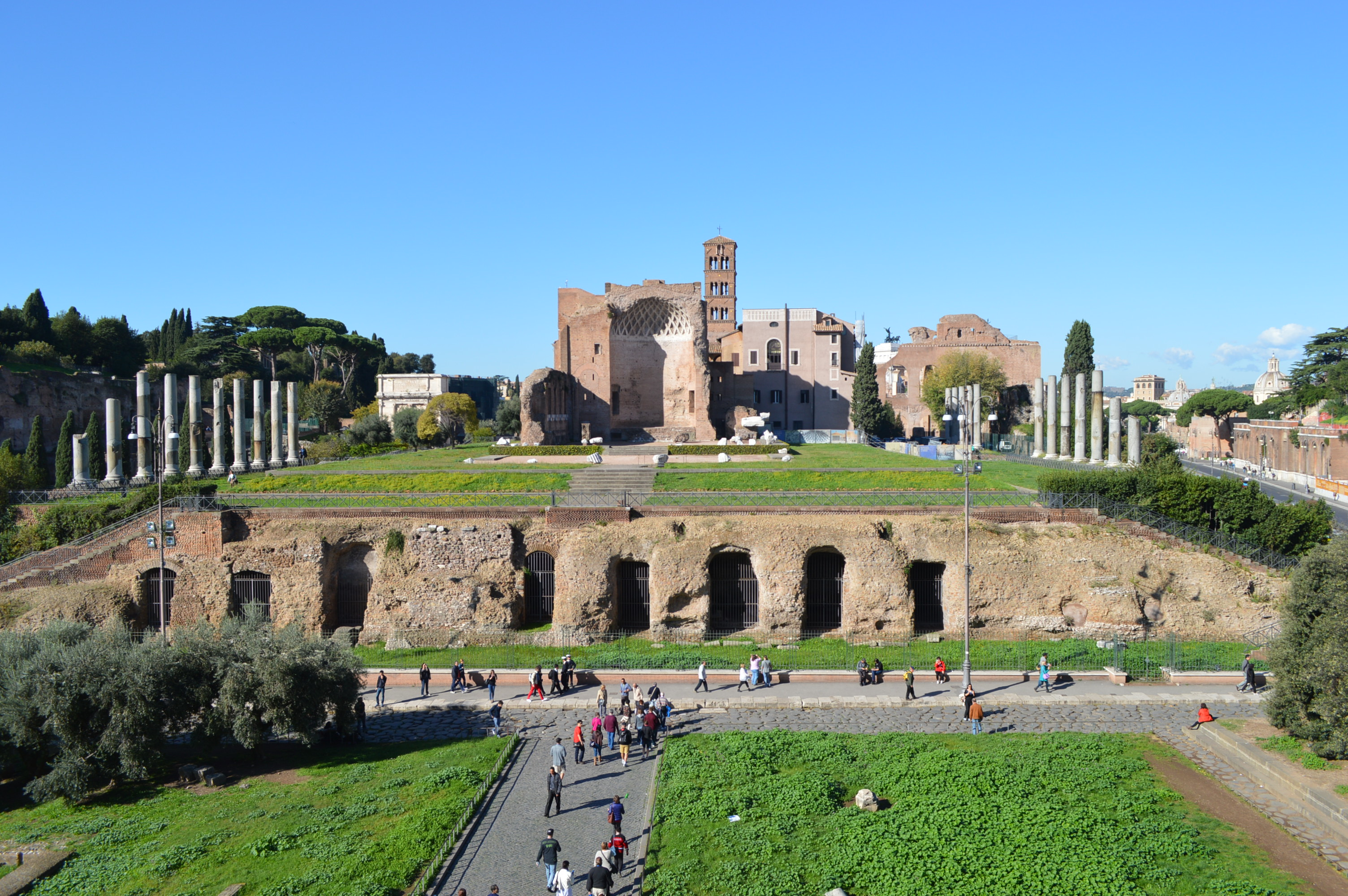 Palatine Hill Rome, Roman Forum and the Palatine Hill [pict only]   Javanese Wanderer