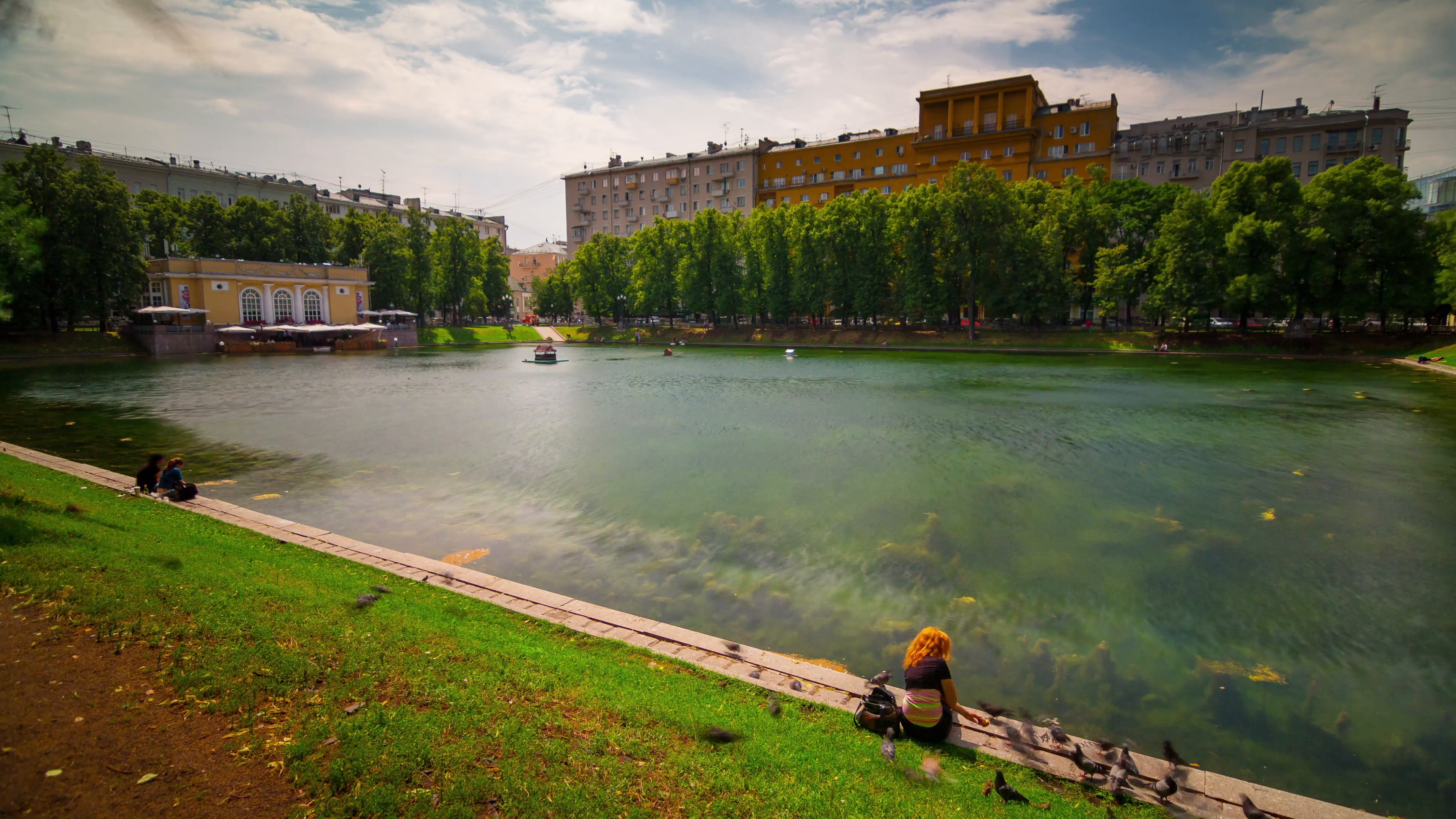 Patriarch's Ponds Moscow, summer day sunny moscow city patriarch ponds 4k time lapse russia ...