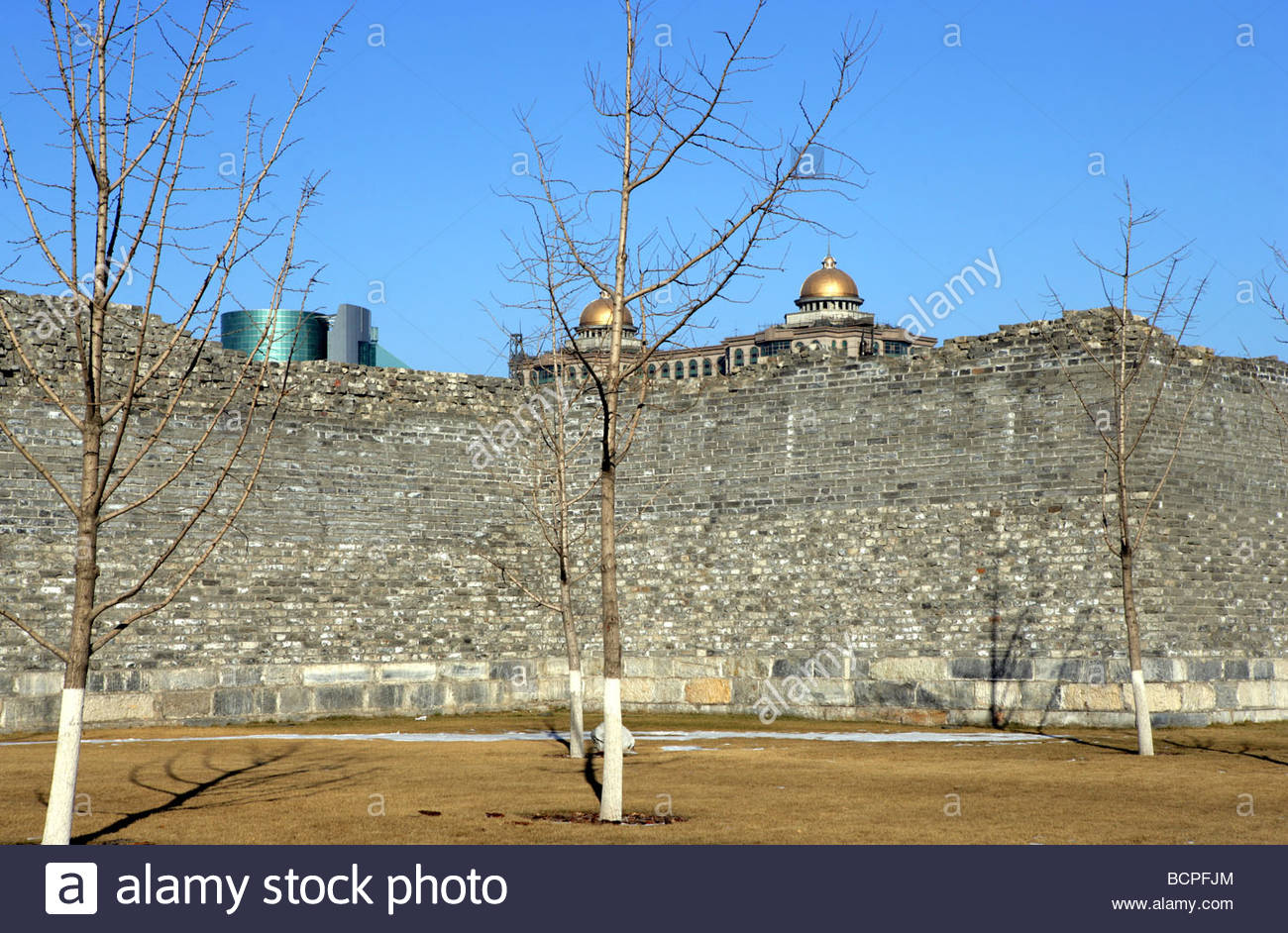 Pavilion of Spreading Righteousness Běijīng, Ming Dynasty City Wall Relics Park, Beijing, China Stock Photo ...