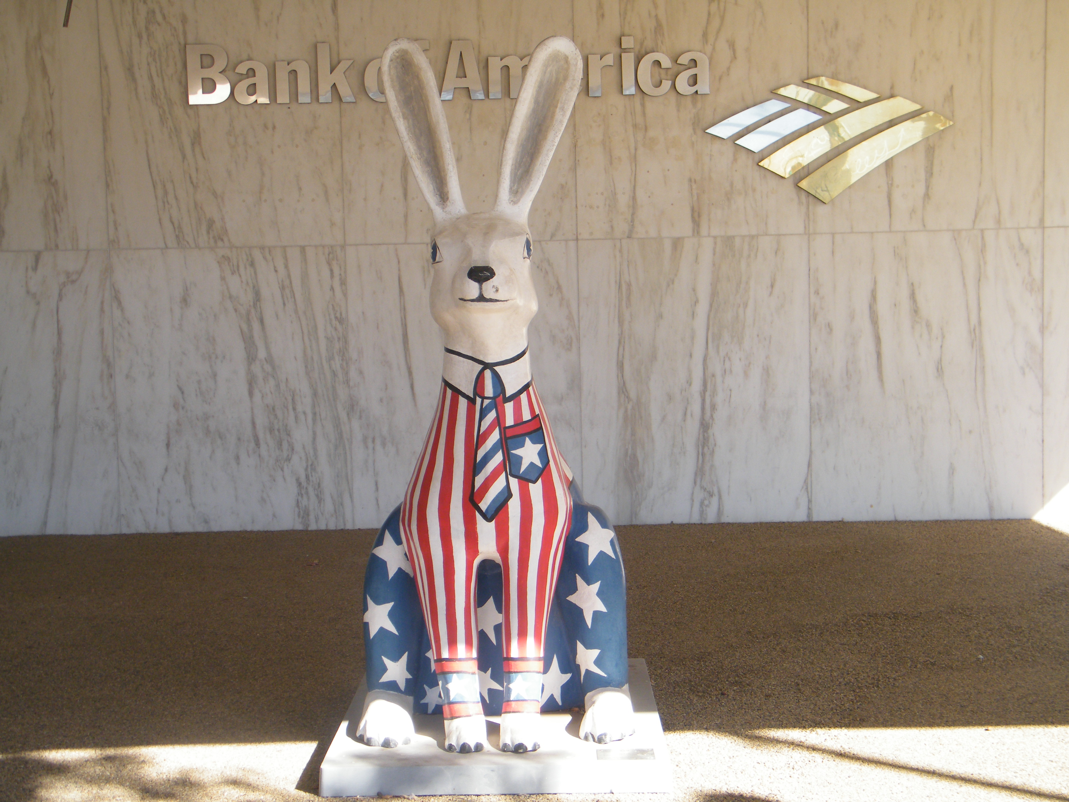 Perkins Cove Ogunquit, Face to face with the Bank of America rabbit. jackrabbit; rabbit ...
