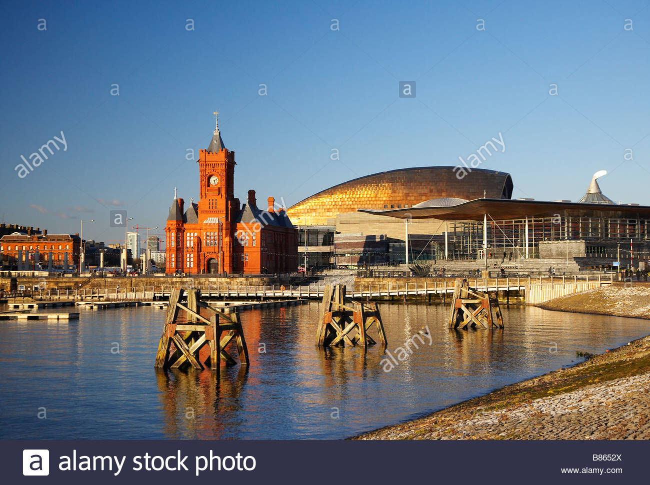 Pierhead South Wales, The Welsh Assembly Building the Senedd the Pierhead Building and ...