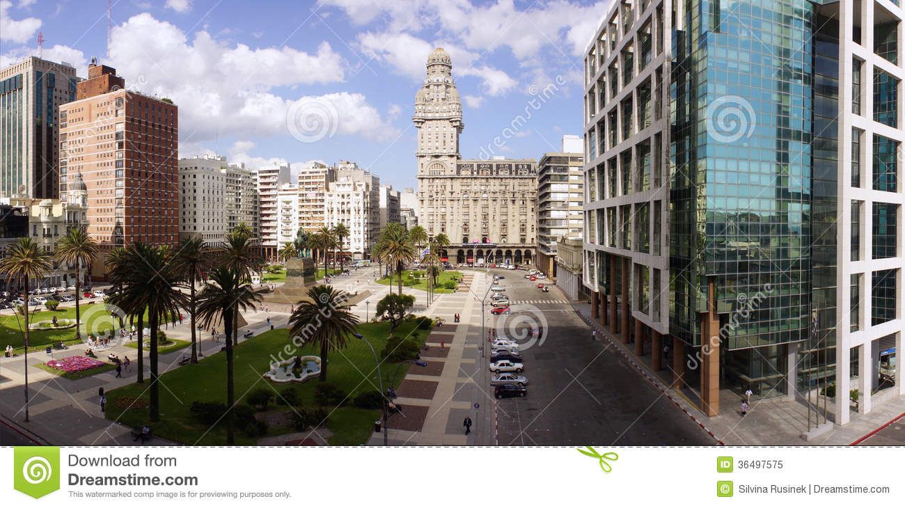 Plaza Independencia Montevideo, Plaza Independencia On Montevideo Editorial Image - Image: 36497575