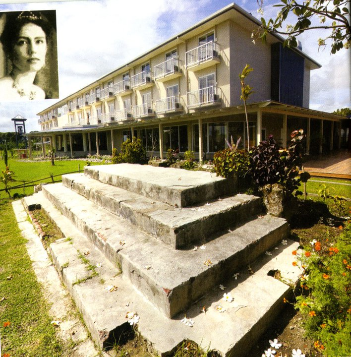 Queen Emma's Steps Kokopo, Panoramio - Photo of Queen Emma's Old House Steps at RALUM, with ...