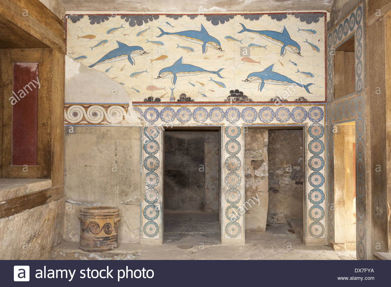 Queen's Megaron Knossos, Dolphin fresco in the Queen's Megaron, Knossos Palace, Knossos ...