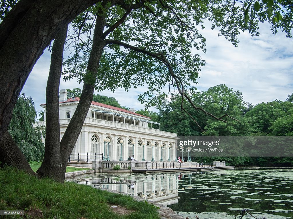 Queens Museum New York City, Usa New York City Beaux Arts Boathouse With Pond In Brooklyns ...