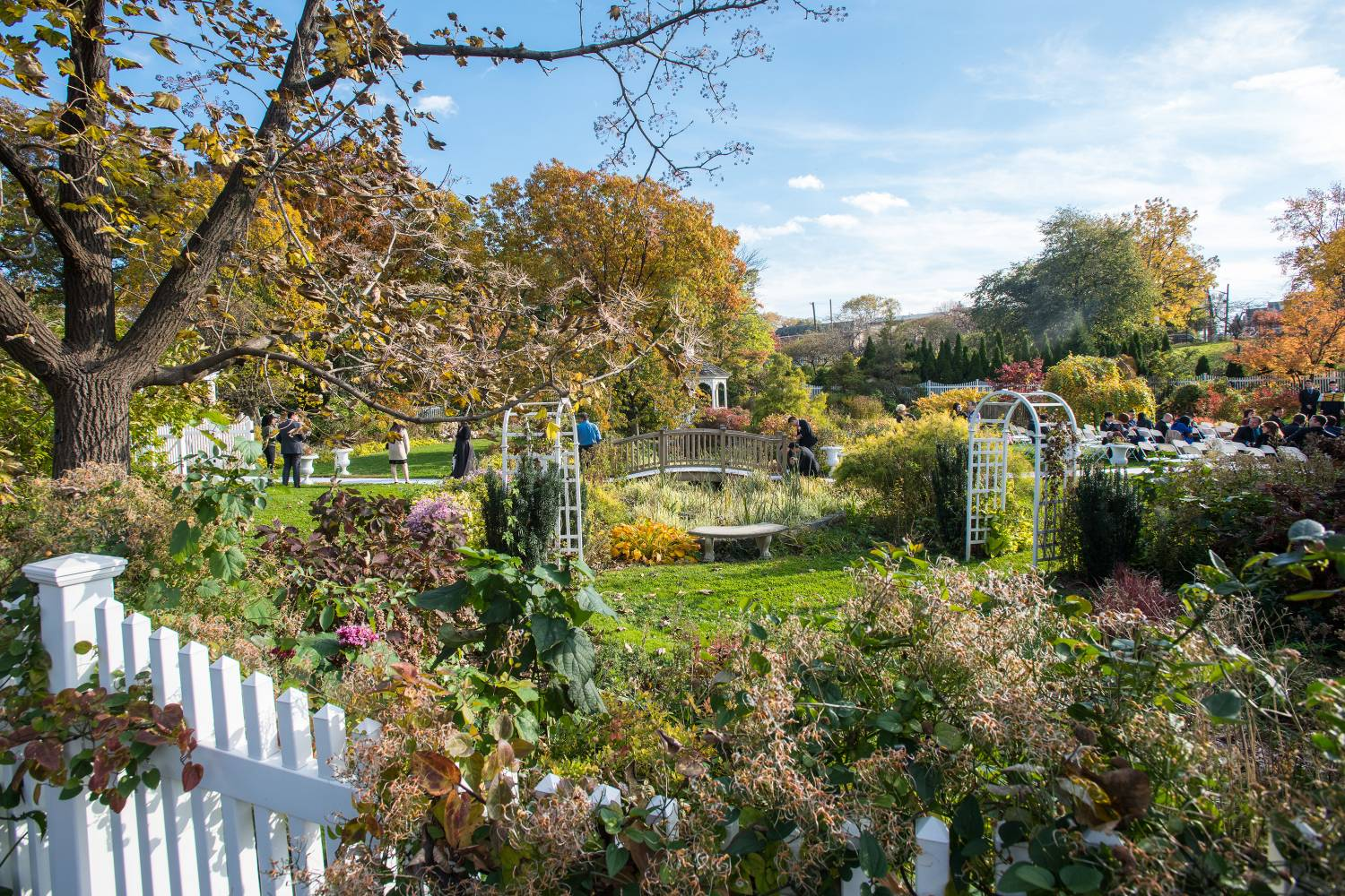 Ravenite Social Club New York City, Queens Botanical Garden: Your Always- Up-to-Date Guide