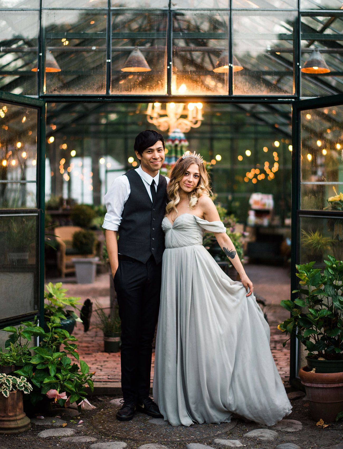 Raynham Hall Historical House Museum Long Island, Rustic Meets Eclectic at this Greenhouse Wedding in New York ...