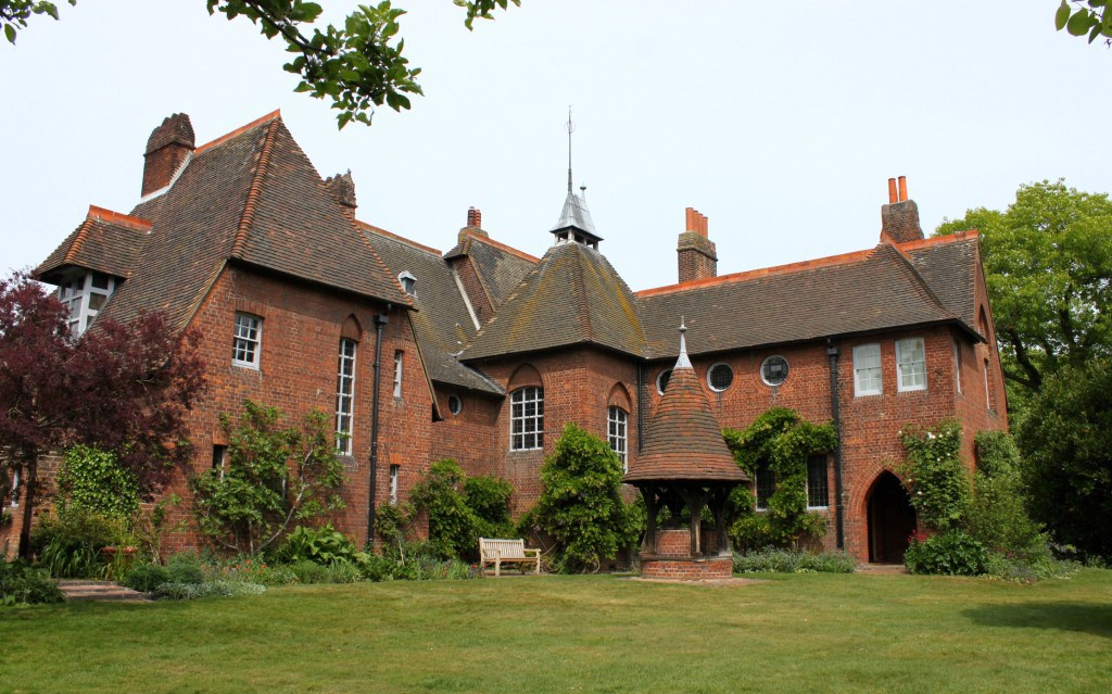 Red House London, Red House – the fascinating bits (London) – Visiting houses & gardens