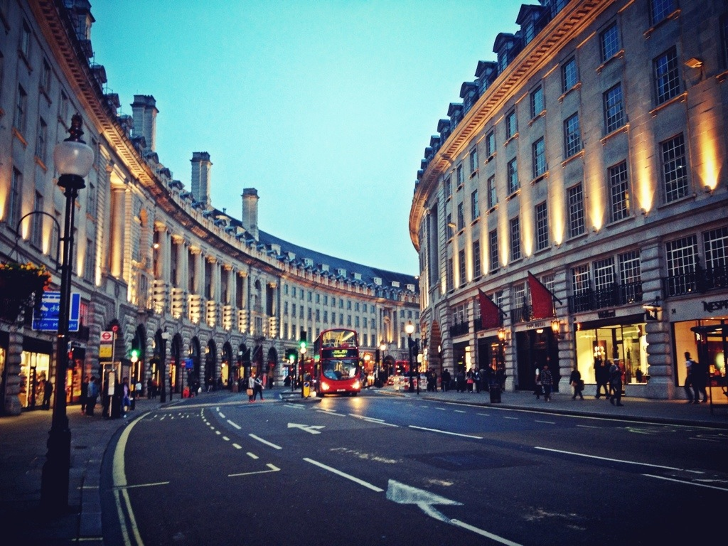 Regent Street London, VOGUE LOVES REGENT STREET FASHION'S NIGHT OUT