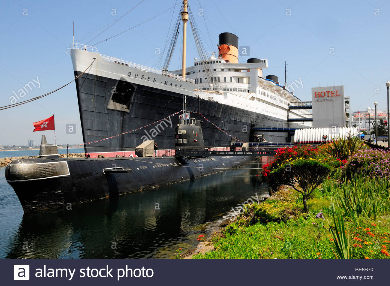 Richard J. Riordan Central Library Los Angeles, USA, California, Los Angeles, Queen Mary ship Hotel and Scorpion ...