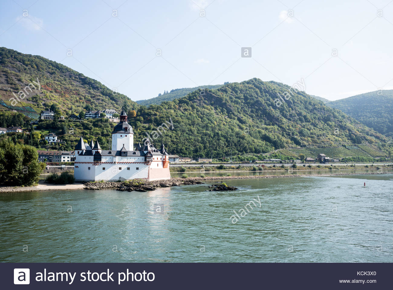 Rietburg Castle Ruins The Pfalz and Rhine Terrace, Rhineland Pfalz Stock Photos & Rhineland Pfalz Stock Images - Alamy