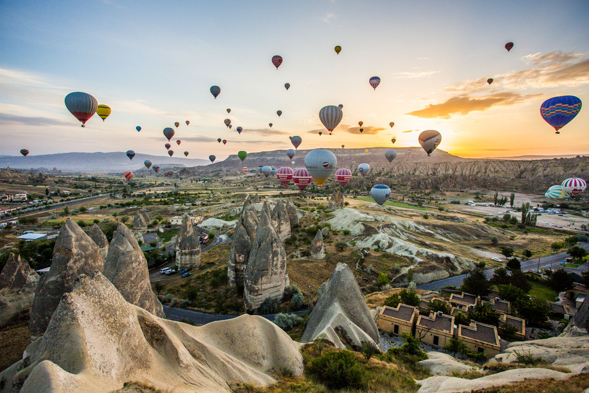 Royal Balloon Cappadocia and Central Turkey, balloon rides in Cappadocia, Turkey | peaceful things | Pinterest ...